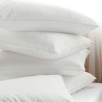 1.perna-50x70cm-puf-siliconic- antialergica-simpla-textile-hotel.jpg